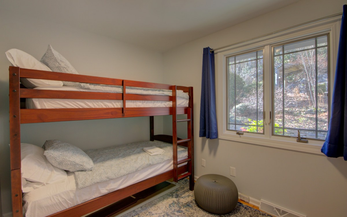 The bunk room is sure to please the kids.