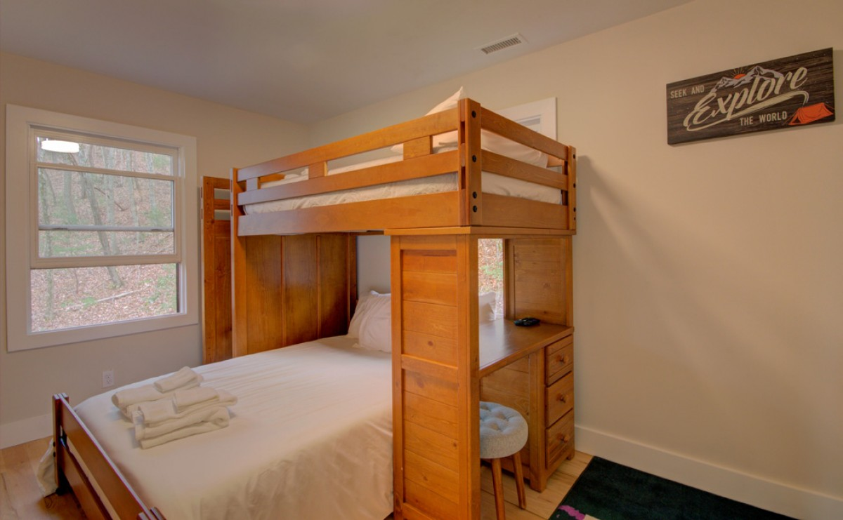 Upstairs bunkroom with full below and twin above.